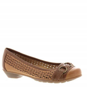 SOFTSPOTS Posie Dress Shoe